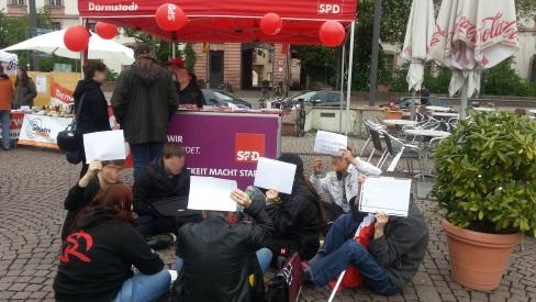 1. Mai: der SPD-Stand ist gut besetzt.